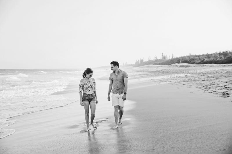 Engagement-Lifestyle-beach-Engagement-Brisbane-Wedding-Photographer-Quincenmulberry_0001